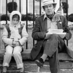 Alan Abel sits outside the White House with his daughter Jenny