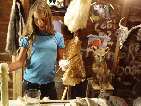 Teenage girl practices taxidermy