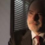 Lester, divorce attorney (Robert Hamm)